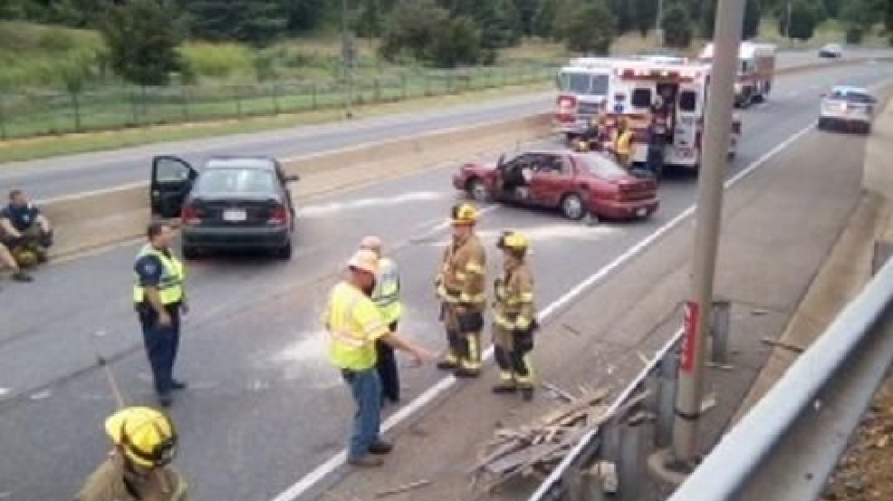 No One Seriously Hurt in Route 29 Expressway Accident | WSET