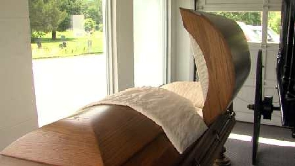 Farmville Funeral Home Offering Drive-Thru Viewing   WSET