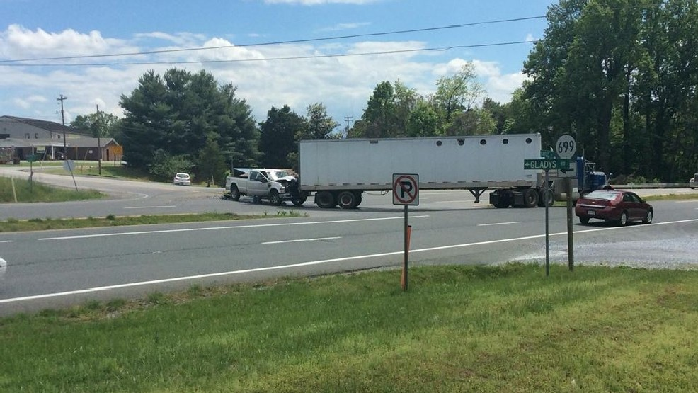 Multi vehicle accident holds up traffic on Route 29 | WSET