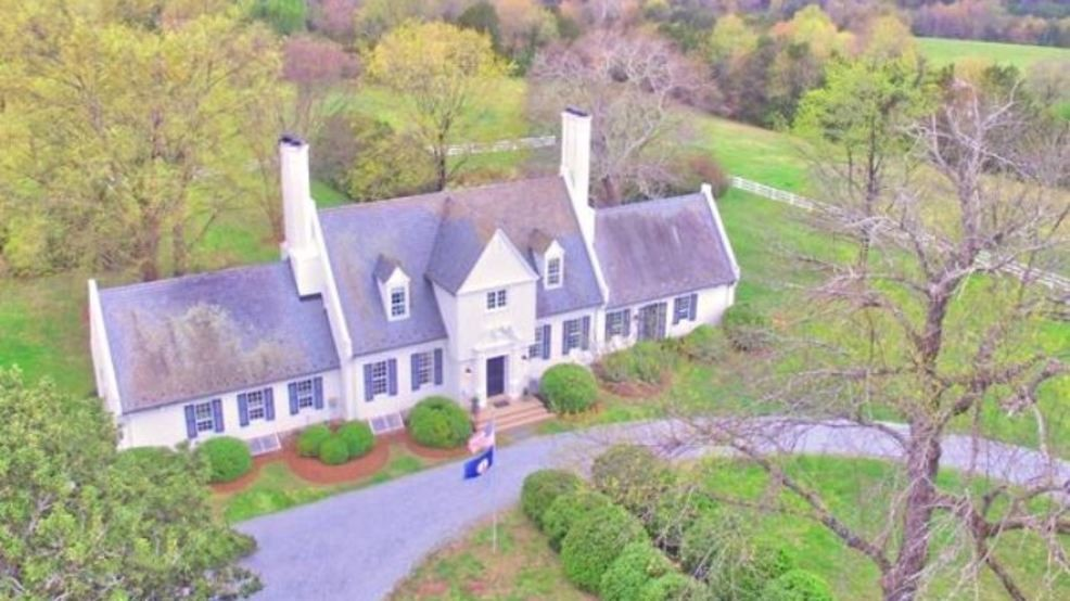 Estate sale being held at late Del  Lacey Putney's Forest home | WSET