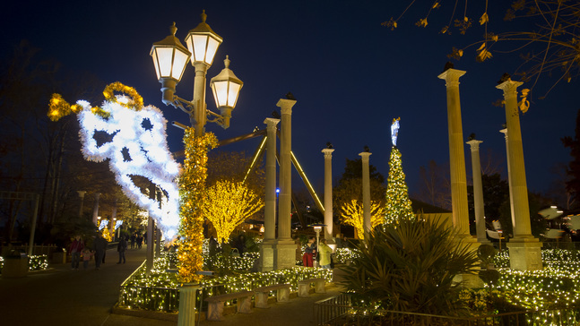 Christmas Town 2019.Busch Gardens Christmas Town With 10 Million Lights Adds