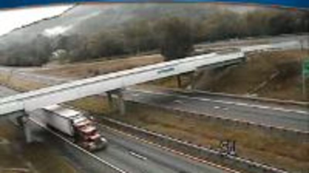 Tractor trailer accident on I-81 delays traffic for 3 5
